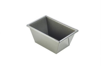 Carbon Steel Non-Stick Traditional Loaf Pan 16cm
